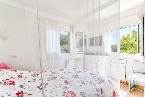 Gemütliches Doppel-Schlafzimmer