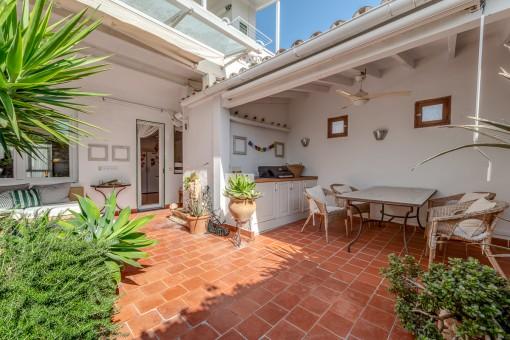 Geräumige und helle Wohnung mit Patio und Garage in El Terreno