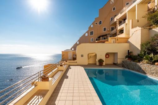 Wunderschöne Wohnung mit atemberaubendem Meerblick in Port d'Andratx