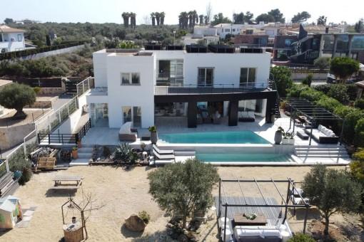 Ultramoderne Villa mit Pool in Sa Torre