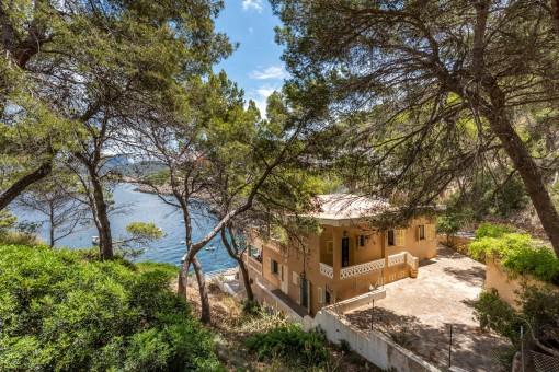 Wunderschöne Luxusvilla mit direktem Zugang zum Meer in Andratx