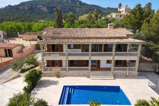 Schöne Villa auf dem Land in Es Capdella