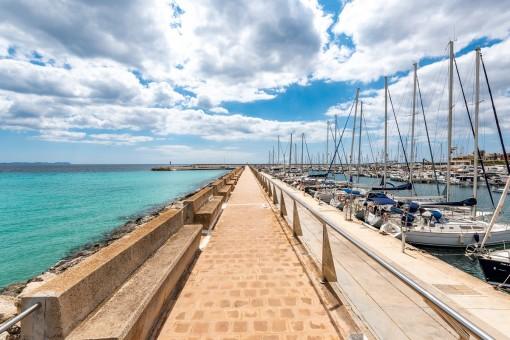 Hafen von Sa Rapita