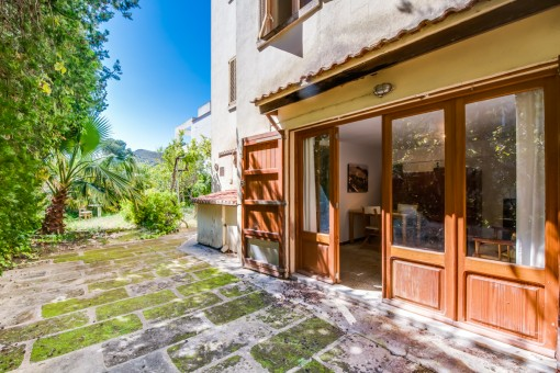 Zugang zum Erdgeschoss-Apartment