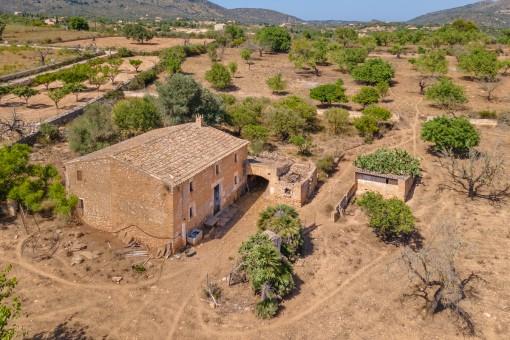 Historisches Finca Anwesen zum Sanieren in Sant Llorenç des Cardassar