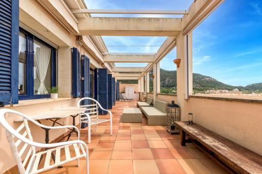 Große, private Terrasse
