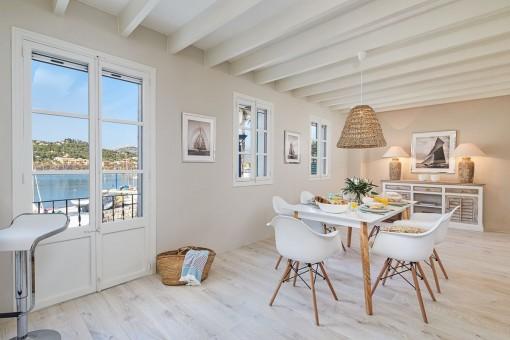 Erste Meereslinie Apartment im Beachhouse-Style in Port Andratx