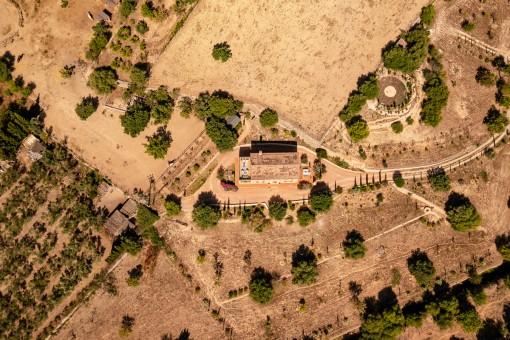Vogelperspektive des Anwesens