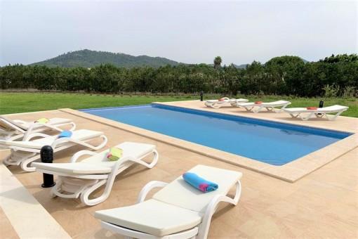 Tolles Haus mit großem Garten, 3 Schlafzimmern, Pool und Gästewohnung in sehr ruhiger Gegend von Son Servera