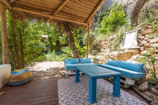 Sitzbereich auf der hinteren Terrasse