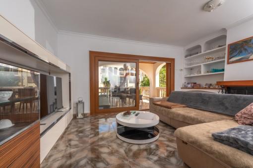 Erstes Apartment im Erdgeschoss