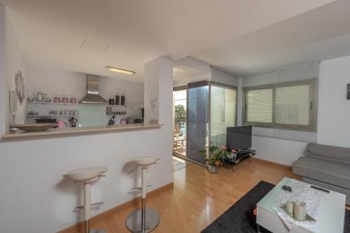 Geräumiges Apartment mit zwei Balkonen und Meerblick in Cala Bona