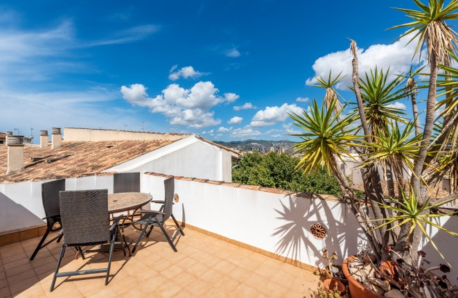 Schönes Penthouse mit viel Charakter und privater Terrasse in einer exklusiven Gegend der Altstadt Palmas