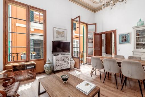 Wunderschöne 3 SZ Wohnung mit 2 Patios im La Lonja Viertel