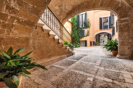 Exklusive Wohnung in einem Herrenhaus aus dem Jahr 1815 in der Altstadt Palmas