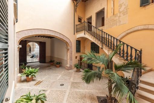 Exklusive, kürzlich sanierte Wohnung in einem Herrenhaus aus dem Jahr 1810 in der Altstadt Palmas
