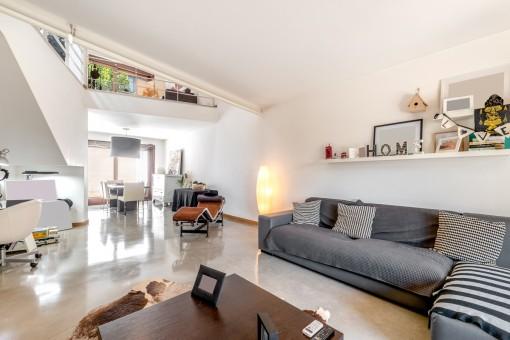 Wohn- und Essbereich mit offener Galerie