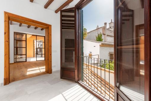 Küche mit französischen Balkon