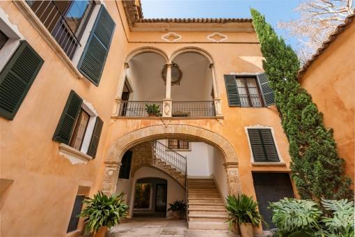 Exklusive Wohnung in einem Herrenhaus aus dem Jahr 1815 in der Altstadt von Palma
