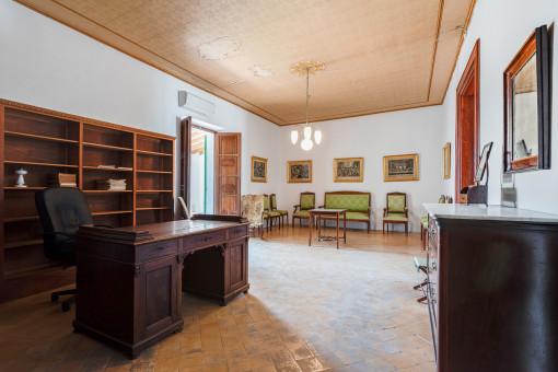 Oberes Büro