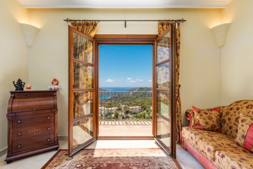 Zugang zum Balkon mit Meerblick