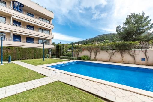 Zentral gelegene Wohnung mit großer Terrasse in Port d' Andratx