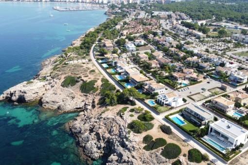 Spektakuläres Baugrundstück in erster Meereslinie im privilegierten Son Veri Nou