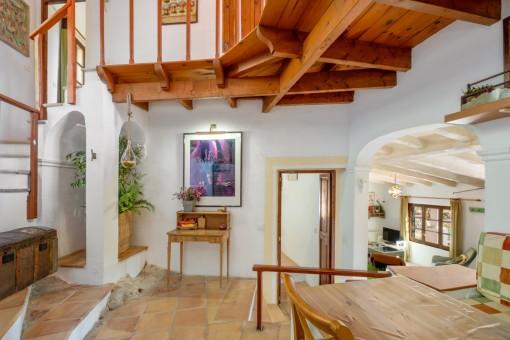 Zugang zum oberen Stockwerk