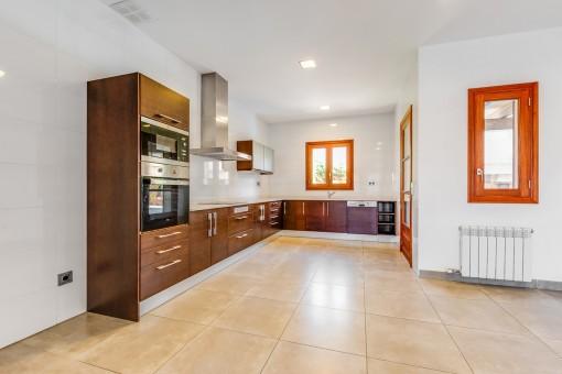 Moderne Küche der Villa