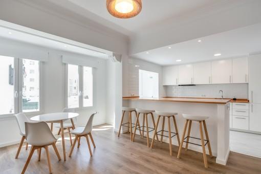 Bezaubernd renovierte Wohnung an der Strandpromenade Palmas