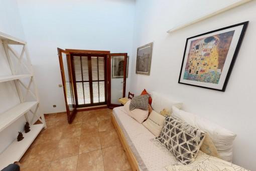 Eins von drei Schlafzimmern im Erdgeschoss