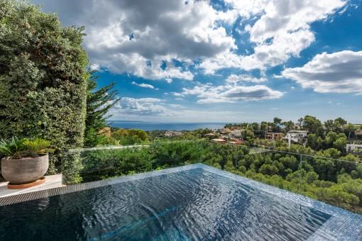 Luxusvilla mit Pool und Meerblick in Costa d'en Blanes