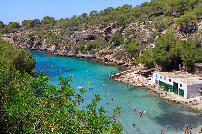 sandy beach of Cala Pi