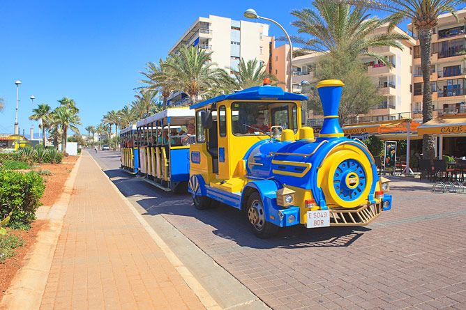 Train on the Paseo