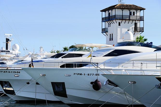 Yachten im Hafen von Portals Nous