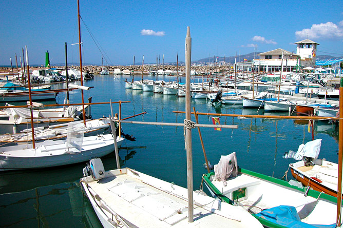 Bateaux au port de Portixol