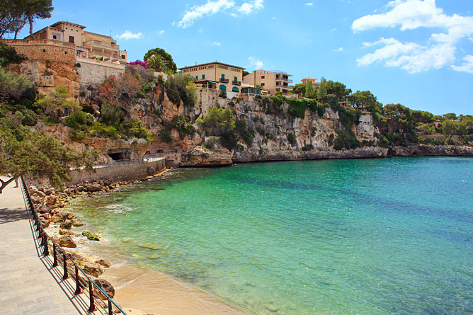 Property on the Bay of Porto Cristo