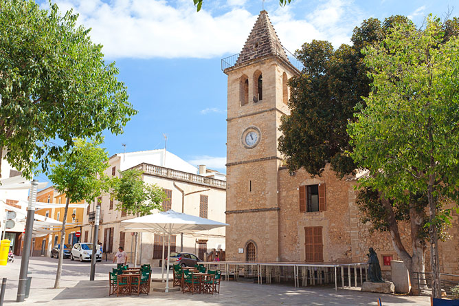 Plaza in Son Servera